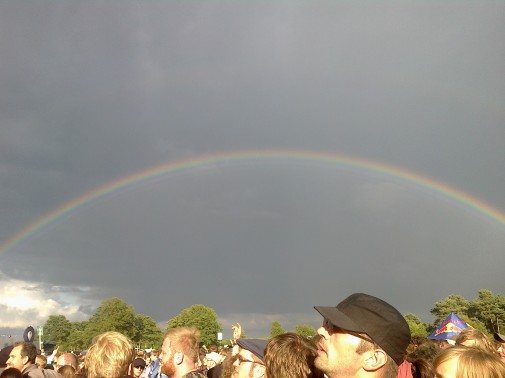 Ein schöner Regenbogen während des Konzerts der Smashing Pumpkins. Foto: Dennis Wegner