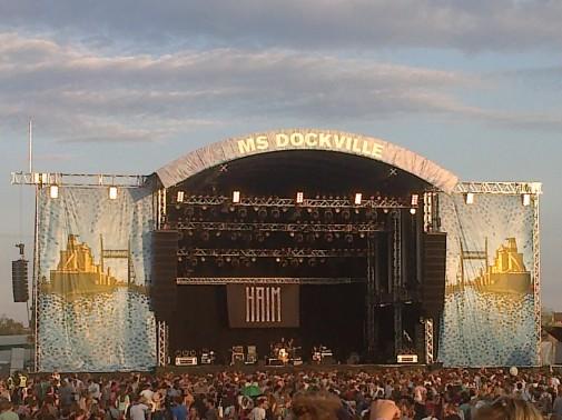 Die Hauptbühne kurz vor dem Auftritt von Haim. Foto: Dennis Wegner