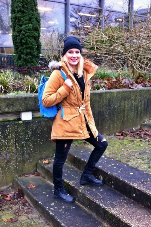 Janne, 23 kommt ursprünglisch aus Scheßel. Sie studiert Skandinavistik und Kunstgeschichte im 7. Bachelor-Semester.