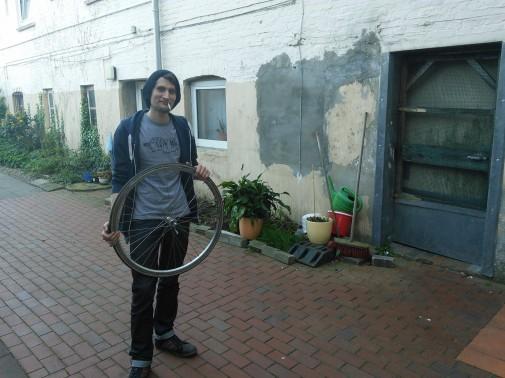 Am Ende noch ein Danke an Phillip und sein Rad. Foto: Benjamin Kindler