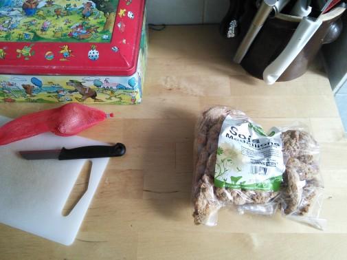 Vorbereitungen in der Küche (Foto: Benjamin Kindler)