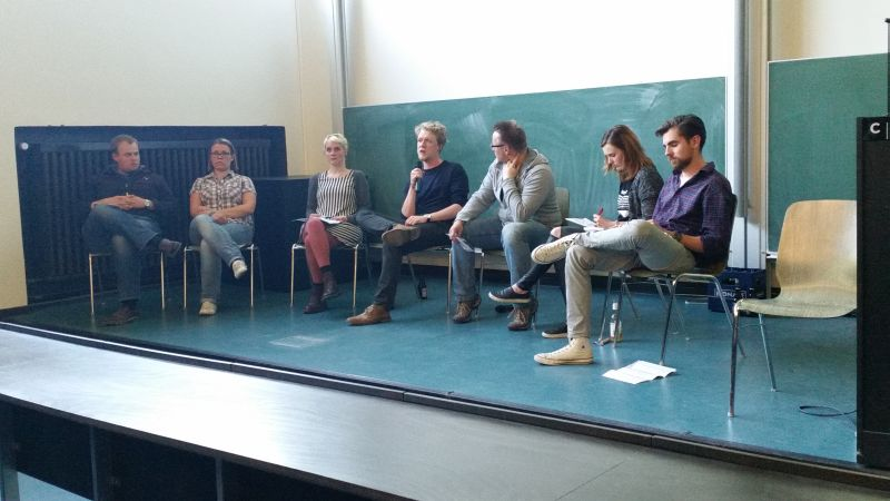 v.l.nr.: Christian Klähn, Anne Vormelchert,  Anne-Sophie Flügge-Munstermann, Lasse Pettersdotter, André Groß (Moderation), Sophia Schiebe, Marius Sibbel.