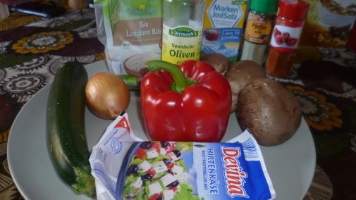 Reis, div. Gemüse, Feta, Balsamico-Essig, Öl, Gewürze