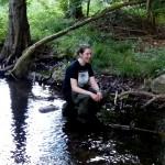 Am liebsten ist die Biologie Studentin Annika draußen in der Natur.