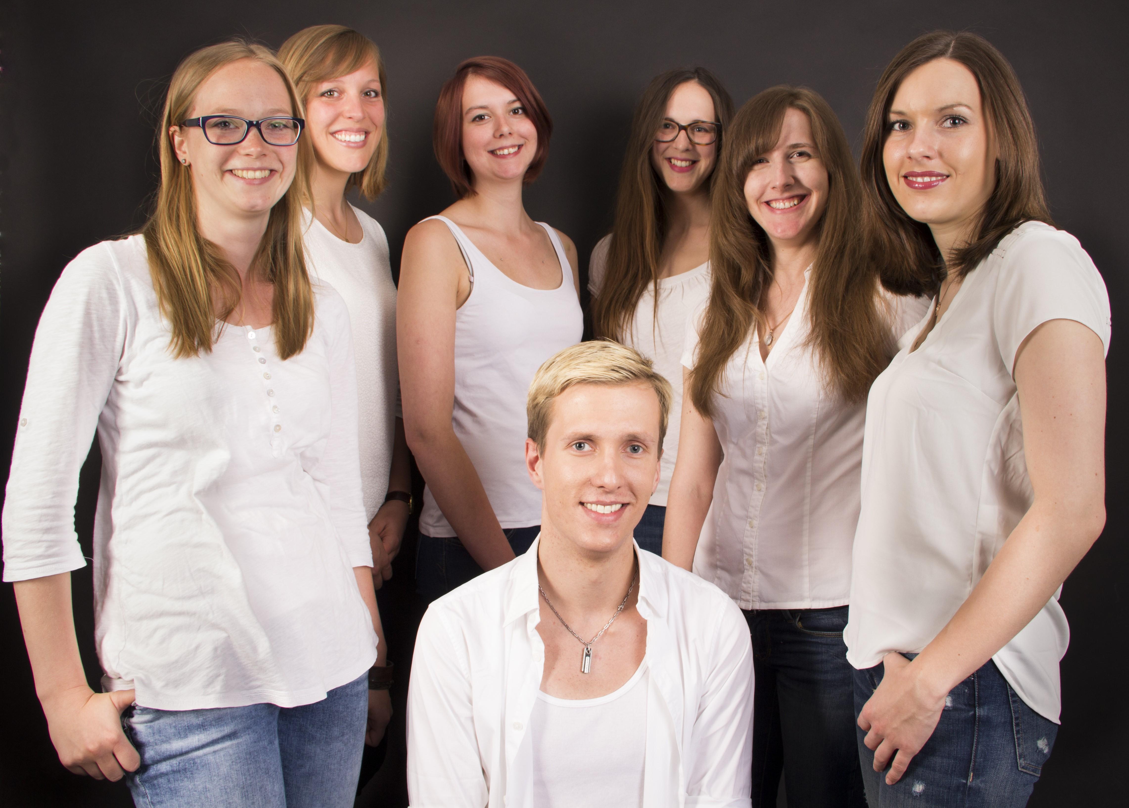 Von links nach rechts: Hilke Niemann, Wencke Siemßen, Lena Taudien, Danny Drefahl, Joanna Czerniawski, Yanina Murashova, Saskia Eisenhardt